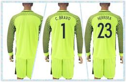 Wholesale Fast Uniforms Kit Copa America Jersey Chile C BRAVO HERRERA Soccer Jersey Goalkeeper Green Long Sleeve Jerseys