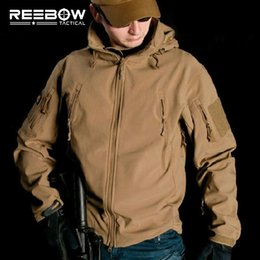 Wholesale Waterproof Soft Shell Tactical Jacket Outdoor Hunting Sports Army SWAT Military Training Windproof Outerwear Coat Clothing