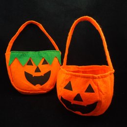 on sale Pumpkin bag halloween props hand held Party favor non woven gift bag green leaves pumpkin carnival costume free shipping
