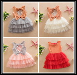 Wholesale 2016 Fashion Kids Summer Clothes Toddler Baby Girl Lovely Bows Gold Sequined Dress Children Girl Sequins Party Cake Dress Y qz