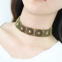 Wholesale Китай Мяо стиле ретро выступление ожерелье Vintage стимпанк резные цветы шаблон колье ожерелье этнического стиля широкий металлический ожерелье