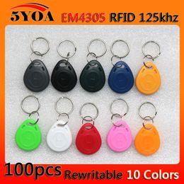 Descuento token de tarjeta de identificación 100pcs em4305 Copiar Reescribible Escritura Reescribir Duplicar RFID Tag Proximidad ID Token Key Keyrings Anillo 125Khz Tarjeta de Acceso