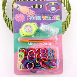 300pcs / lot bricolage Knitting Tressé à tisser des bandes arc-en-Montre Kit Rubber Loom Self-made Silicone Bracelet Livraison gratuite (Voir + caoutchouc + clip + crochet) à partir de caoutchouc pression fabricateur
