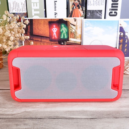 Wholesale Best Sale NR bluetooth speaker changeing color wireless plug in card mini speaker with outdoor subwoofer RED