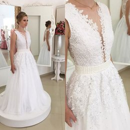 2019 Glamorous Dramatic A-line V-Neck Lace Formal Wedding Dresses Floor Length Beaded Lace-up Elegant Bridal Gowns