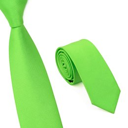 New Brand Fashion Men's Skinny Floral Ties Casual Business Suit Slim Neck Tie For Wedding Mens Printed Neck Tie Gravatas E-017