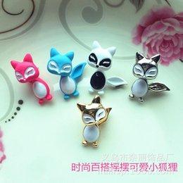 Forme el oso del Fox del oso que el clavo original viejo alrededor de las piezas del pendiente siente el 100% La aleación independiente de la joyería del embalaje de Yiwu Zhejiang desde piezas de joyería de moda fabricantes