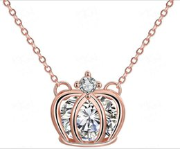 Wholesale New Amazon best selling fashion zircon inlaid Crown pendant pendant alloy necklace jewelry in Europe and America