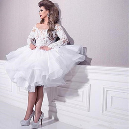Fashion Arabic Plus Size Short Beach Wedding Dresses With Long Sleeves Lace Appliques Ruffles Layers Wedding Gowns Cheap Custom Bridal Gowns
