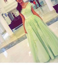 Vintage Light Green Tulle A line Off Shoulder Evening Dress 2016 Cap Sleeve Applique Floor Length Elegant Prom Dress Formal Party Gowns