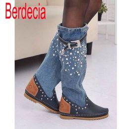Femmes Printemps Automne Flats Denim Genuine Cuir Boucle Perle Genou Bottes Haute Dame 2015 Nouvelle Mode Jean Bottes Longes à partir de longue en cuir femmes boot fournisseurs