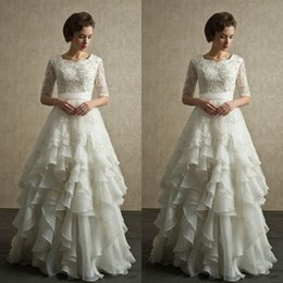 Gorgeous Wedding Dresses Cheap A Line Crew Neck Short Half Sleeves Beaded Lace Appliques Bridal Gowns Ruffled Floor Length Skirt