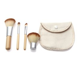 Mybasy 2017 HOT!! Fashion 4PCS Natural Bamboo Handle Foundation Powder Makeup Brushes Set Cosmetics Tools Kit Powder Blush
