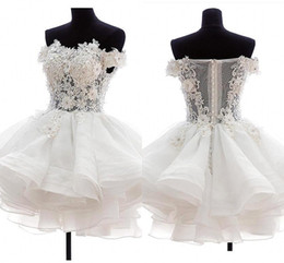 Mini Sexy White Ivory Short Cocktail Dresses Strapless Organza 3D Floral Applique Illusion Back Puffy Homecoming Dresses Party Gowns