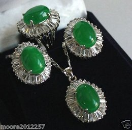 Wholesale 2016 new of Peking China jade Bracelet Earrings Necklace set lt lt Genuine natural green jade pendant Necklace ring Earring Sets Jewellery AA