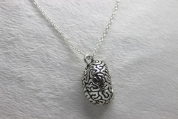 Wholesale antique silver Anatomical Human Cerebrum Brain Anatomy Pendant Necklace