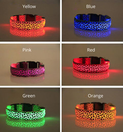 Dog LED Collars Pet Flashing LED Nylon Collars Multiple Colors Pet Collar Necklace Retail Package