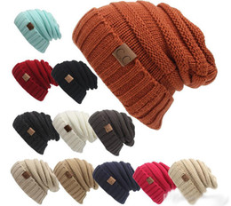 Las nuevas mujeres de los hombres h en CC Trendy Wa rm Oversized Chunky Soft Knit Knit Slouchy Beanie 12 color chunky knit beanie promotion desde gorrita tejida de punto grueso proveedores