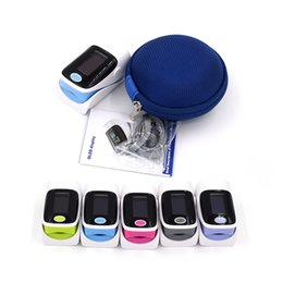 Wholesale brand new color OLED Digital finger oximeter with protect case free heart beat rate monitor