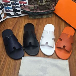 Wholesale 2016 new Designer Genuine Leather Sandals Loafers Fashion men Beach Summer Slippers Flip Flops Shoes men Flats Black white orange men shoes