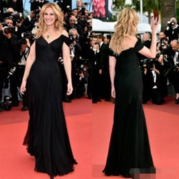 Cannes Film Festival Celebrity Dresses Julia Roberts In Mermaid Off The Shoulder Prom Gowns Red Carpet Pleated Chiffon Evening Dress