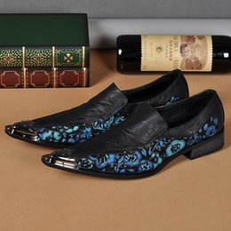 Genuine Leather Mens Pointed Toe Dress Shoes Fashion Flower Black Dress Shoes Rivet Metal Party Shoes Black
