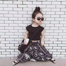 Wholesale 2016 Korean Summer Suit Stunning Black Mini Bare Midriff Shorts T shirt Harem Pants Suit Girls National Folk Style Set