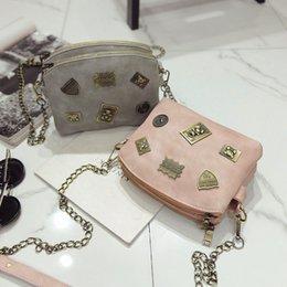 Retro Copper Coin Women Messenger Bag Small Vintage Medal Women Bag Badge Quilted Bag Chain Strap Flap Women Shoulder Bag Purses
