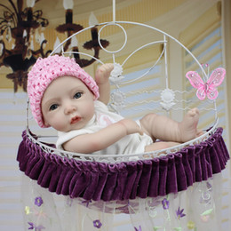 Realistic Fashion Reborn Silicone Baby Doll Collectible New Born Baby Doll for Baby Gift Christmas and Birthday