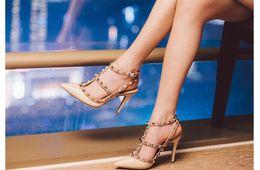 2016 Pointed Toe Ankle Strap women high Heels Bridal Rivet wedding Shoes For Women High heels shoes women pumps 8cm heel