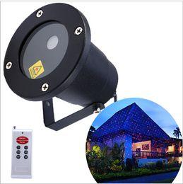 Waterproof Moving Twinkle laser Landscape light Sky star Green Red laser Projector stage light for outside garden lawn lights