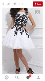 Cheap Short Homecoming Dresses White and Black jewel Lace Belt Beaded Tulle Gowns for Prom Cocktail 8th College Graduation Dress