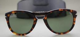 Wholesale 2016 new fashion brand Persol sunglasses sunglasses polarizer folding folding turtle PO714 glasses sunglasses glasses Green Lens