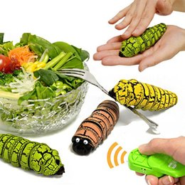 Wholesale Electronic pet Creative Simulation Remote Control RC Beetles Caterpillar Food insect toy model Tricky Prank cary Toy child gift
