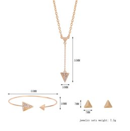 Wholesale Stainless Chain Usa - 2016 Simple fashion triangle women three - piece accessories jewlery USA big necklace earrings bracelet jewelry sets