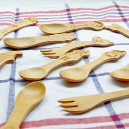 Wholesale Classic animated image Wooden fork Cute Cartoon Baby wooden fork Infant fork D10
