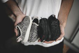 Wholesale Kanye West Infant Y Boost Boys Girls Running Shoes Piate Black Turtle Dove Baby Shoes Children Sneakers BB5354 BB5355