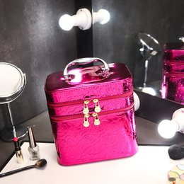 Wholesale Hot Selling Big Size Cosmetic Bags Shiny Leather Water Proof High Capacity Floral Shiny Leather Makeup Storage Bag