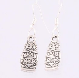 Wholesale 2016 hot Antique Silver Russian Dolls Charm Earrings Silver Fish Ear Hook Chandelier E1142 x34mm