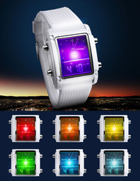 Promotion mens multi fonction Mode unisexe mens femmes à double affichage LED montre numérique feux arrière alarme multi-fonctions coloré étudiants occasionnels montres