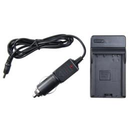 Wholesale Venta caliente de la cámara de la batería del cargador del coche LP E8 EOS Kiss X4 X5 Rebel T2i T3i EF S D D luz de vídeo LED monitor de la batería