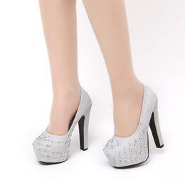 Boda de la sandalia del tacón alto cm en Línea-2016 zapatos de punta Nueva cristalino magnífico de plata redondo de 12 cm gruesos zapatos de tacón alto de las mujeres bombea de noche de boda Prom Bombas baratos en tienda