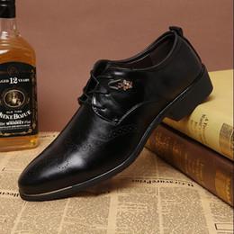 2017 hombres zapatos nuevos estilos 2016 nuevos zapatos de estilo Oxford para los hombres vestido de los hombres de oficina del cuero de zapatos zapatos de los planos aumento de la altura Zapatos Hombre hombres zapatos nuevos estilos Rebaja