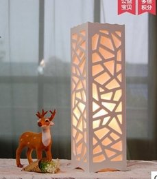 New Direct Selling Fabric Ce Modern Led Decorative Lamp Woodwork Fashion Bedroom Lamps And Lanterns Of Bedside
