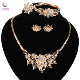 Women necklace flower Jewelry set with earrings Statement necklace Trendy party hot sale 2016 exclusive sales