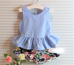 2pcs set new 2016 Summer Girls Clothing Set Fashion girls sleeveless fashion back BowTops shirts + baby girls shorts kids clothing set