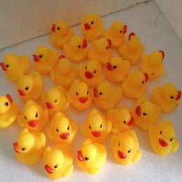 Wholesale 4000pcs High Quality Baby Bath Water Duck Toy Sounds Mini Yellow Rubber Ducks Kids Bath Small Duck Toy Children Swiming Beach Gifts