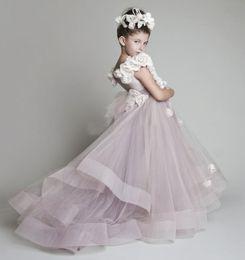 New Lovely New Blush Pink Tulle Ruffled Handmade Flowers One-shoulder Vinatage Wedding Flower Girls' Dresses Girl's Pageant Dress 2019 Cheap
