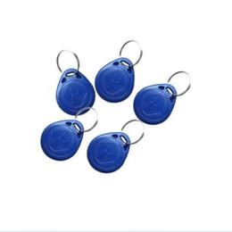 Token de tarjeta de identificación en venta-Carkitscenter Nº 2; 100pcs 125Khz RFID Proximidad Keyfobs Tarjeta de control de acceso de anillo Rfid Etiqueta Rojo Amarillo Azul ID Token Etiquetas RFID card keytag
