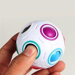Wholesale Magic Cube Toys Novelty Rainbow Football Puzzle Learning Educational Spherical Toys Children Kids Adult